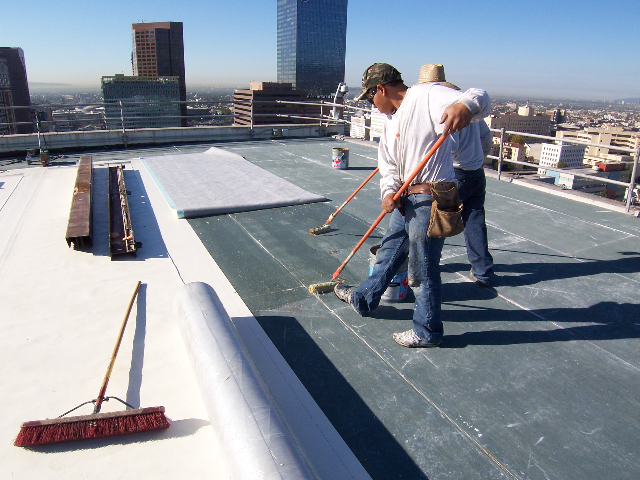 Commercial Roof Installation : Commercial roofing royal blue